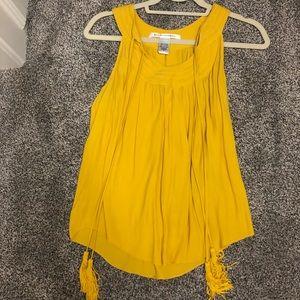 Yellow / gold tank top